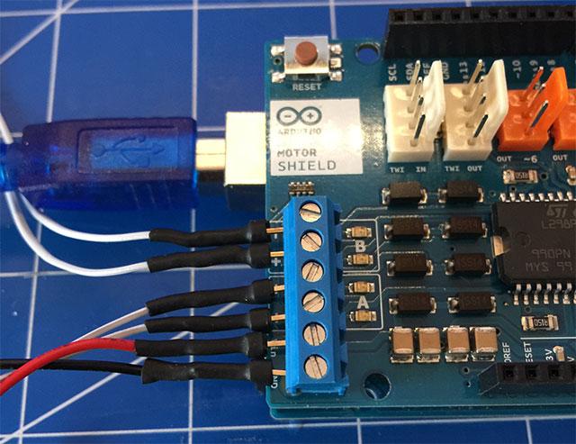 13-Arduino-Motor-Shields-R3