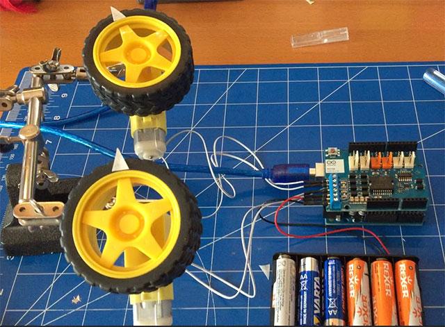14-Arduino-Motor-Shields-R3